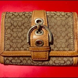 Coach small signature bifold wallet